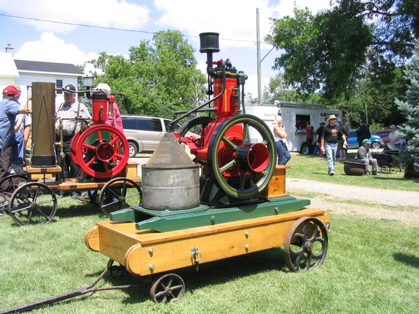 Antique miniature steam engines for sale autos post for Stationary motors for sale